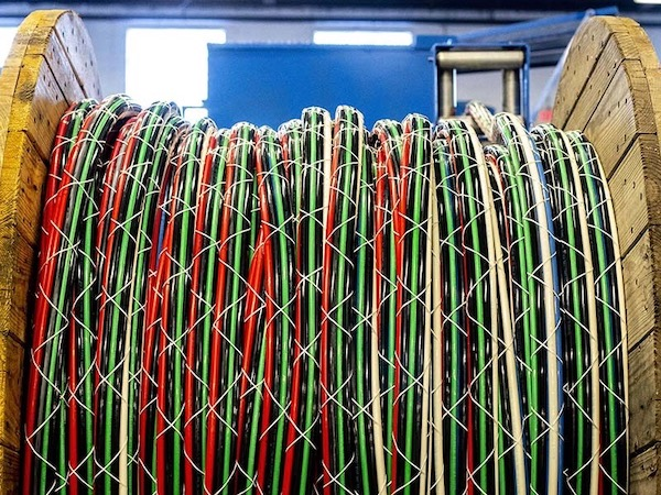 Understanding Bundled Cable - One Pull Wire on understanding residential wiring, understanding wiring diagrams, understanding electrical coils, home wiring, understanding electrical diagrams, understanding electrical receptacles, understanding electrical wire, understanding direct current, understanding alternating current, understanding electrical starters,